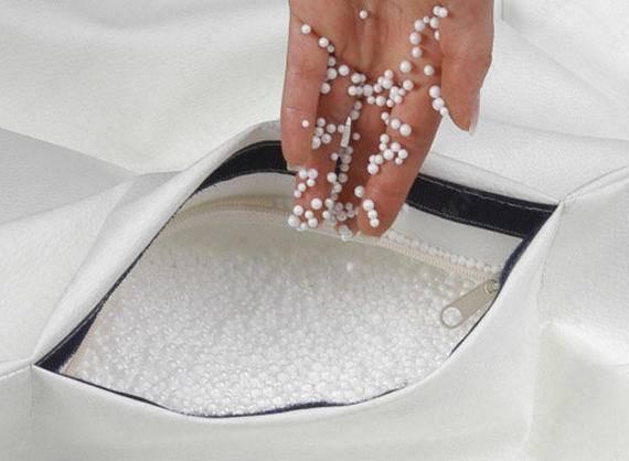 Polistrola bumbiņas pupu maisu (sēžammaisu) pildījums